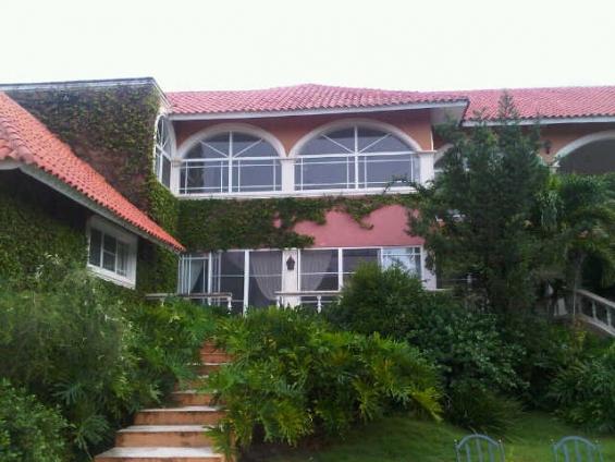 Vendo hermosa villa en casa de campo!!!