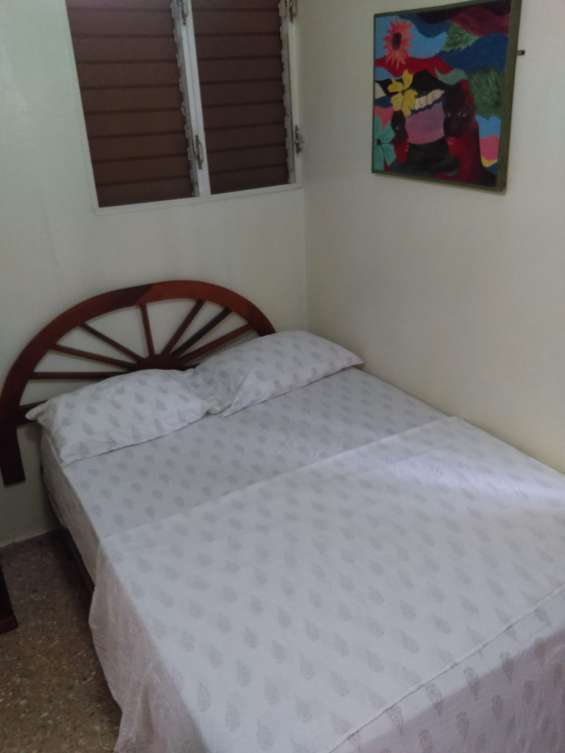 Alquiler apartamento estudio, zona colonial, amueblado