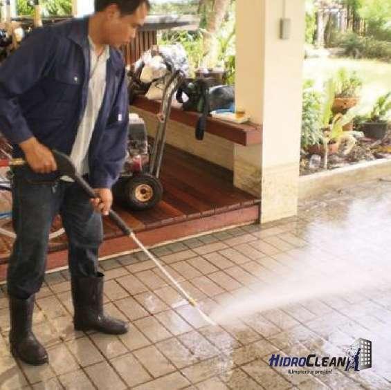 Limpieza de fachadas y exteriores