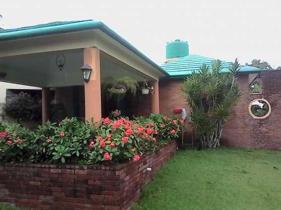 Villa de venta, a 10 minutos del centro de la ciudad de jarabacoa ( rmv-102)